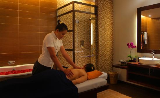 Pijat Massage & Spa Panggilan 24 Jam Di Juanda Surabaya-Sidoarjo | 08121777066